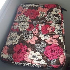 EUC Vera Bradley Laptop Sleeve- Mocha Rouge